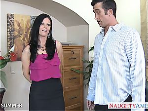 India Summer looks handsome in high high-heeled slippers getting romped