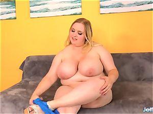 fat orb plumper fumbles Her vag