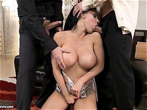 Aletta Ocean threesome as she deep throats off a duo of dicks