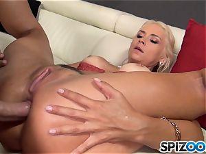 naughty blonde Sarah Vandella torn up in her cootchie pie