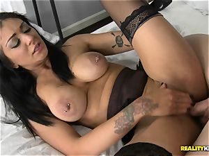 Mai Bailey plumbs on camera for a juicy deal