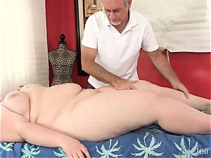 super-fucking-hot fatty Sapphire Rose gets a fuck-a-thon rubdown