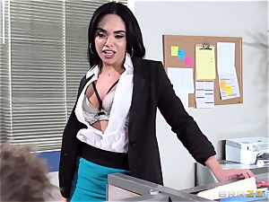 Selena Santana pulverizes a large office cock