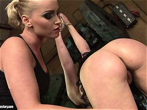 Kathia Nobili faux-cock drill the bootie of her acquaintance