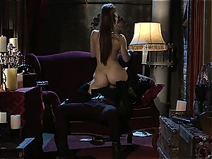 Dani Daniels implementing cogs and schlongs in her steampung fantasy