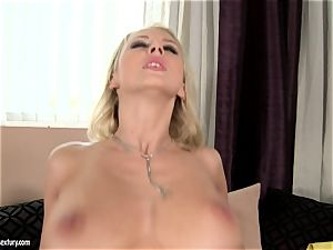 Mandy Dee likes drizzle of giant cum testicle tonic right on her jugs