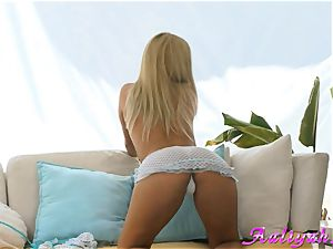 Aaliyah enjoy blond wearing spectacular lingerie