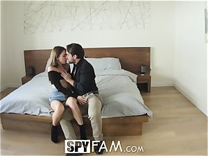 Riley Reid nails her step-dad for money