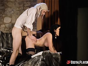 honeys Ella and Olive desire screw with monster manstick