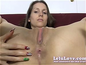 She unwraps down then lubricates up her bung..
