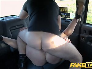 faux cab light-haired mummy Victoria Summers pulverized in a cab