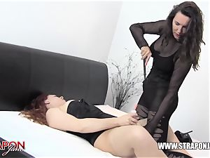 female dom slaps breezy cooter fucktoys face porks and missionary